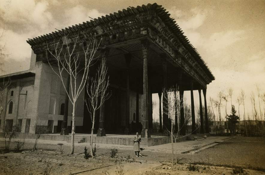 Duke's friend and advisor Mary Crane in front of the Chehel Sutun (Forty Columns, c. 1647–50) in Isfahan, Iran, 1938. Shangri La Historical Archives, Doris Duke Foundation for Islamic Art, Honolulu, Hawai'i.